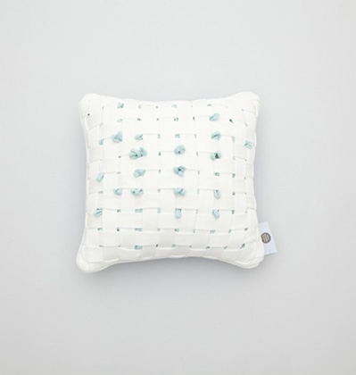 쿨이너프 후후쿠션 Cool Enough HUHU Cushion small White